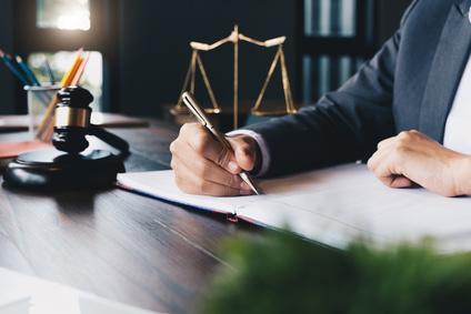מדוע עורך דין פשיטת רגל הוא אדם שכדאי לכם להתייעץ איתו?