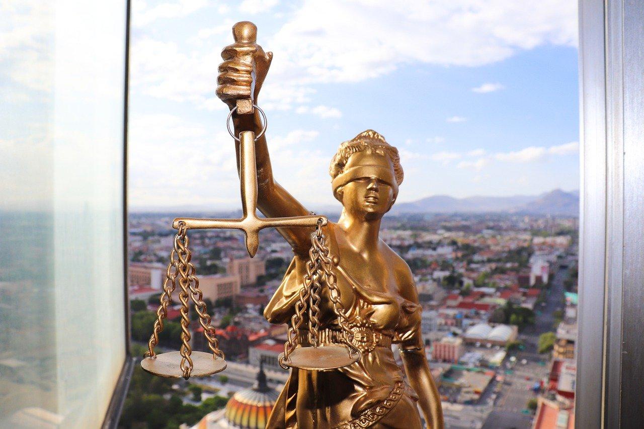 עורך דין לרישום קבלן שיפוצים
